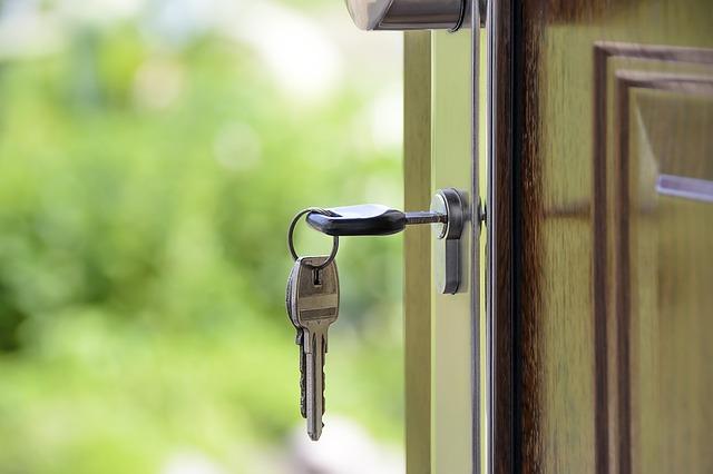dom klucze drzwi